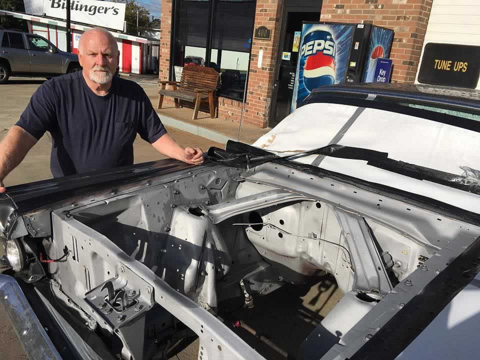 auto-engine-compartment-cleaning-2